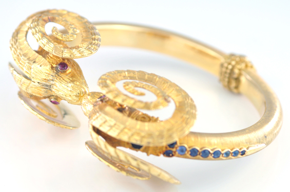 18K Yellow Gold Lalaounis Bracelet and Earring Set